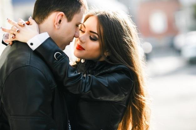 Женщина и мужчина любовь