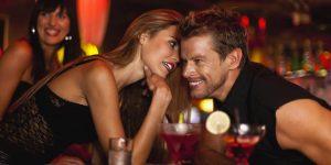 Пикап: парень соблазняет девушку в баре
